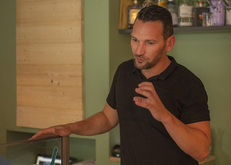 Roger Paeplow ist Teamchef im Neubrandenburger Restaurant Herr Grünfink.