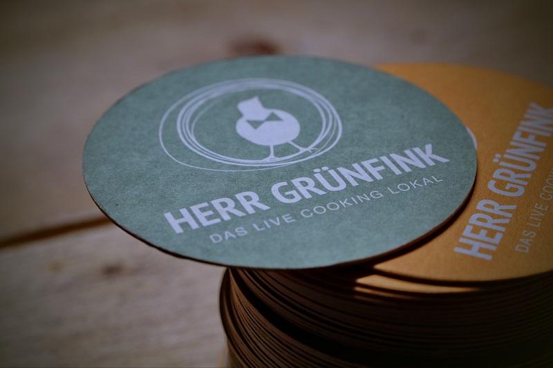 Read more about the article Live-Cooking in Neubrandenburg: Herr Grünfink hört wieder auf sein Bauchgefühl